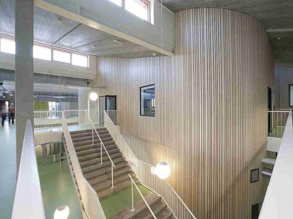TEEMA 07 106 AGILON passiefschool trappenruimte