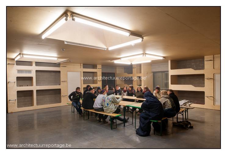 TEEMA 07 102 HOGKAS interieur loods K3 _foto Steven Massart