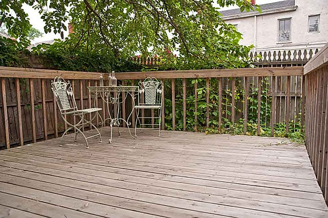 Deck builder New Haven