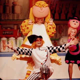 A Loja de Brinquedos (2003) - Direção: Carlos Thiré e Cláudio Figueira