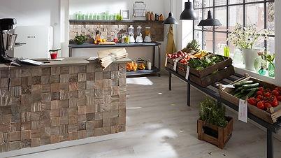 Teak und Altholz Wandverkleidungen - Holzverblender und Holzriemchen für exklusive Wandverkleidungen in Holzoptik