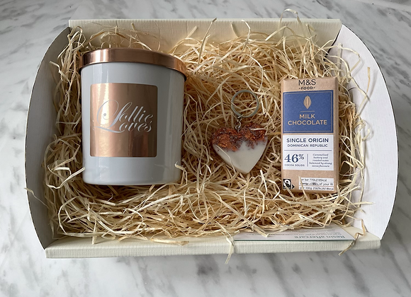 Mother's Day Candle Hamper