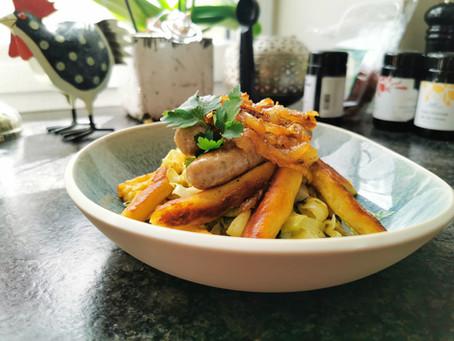 Kartoffelwürstchen mit fränkischen Bratwürstchen und Weißkraut