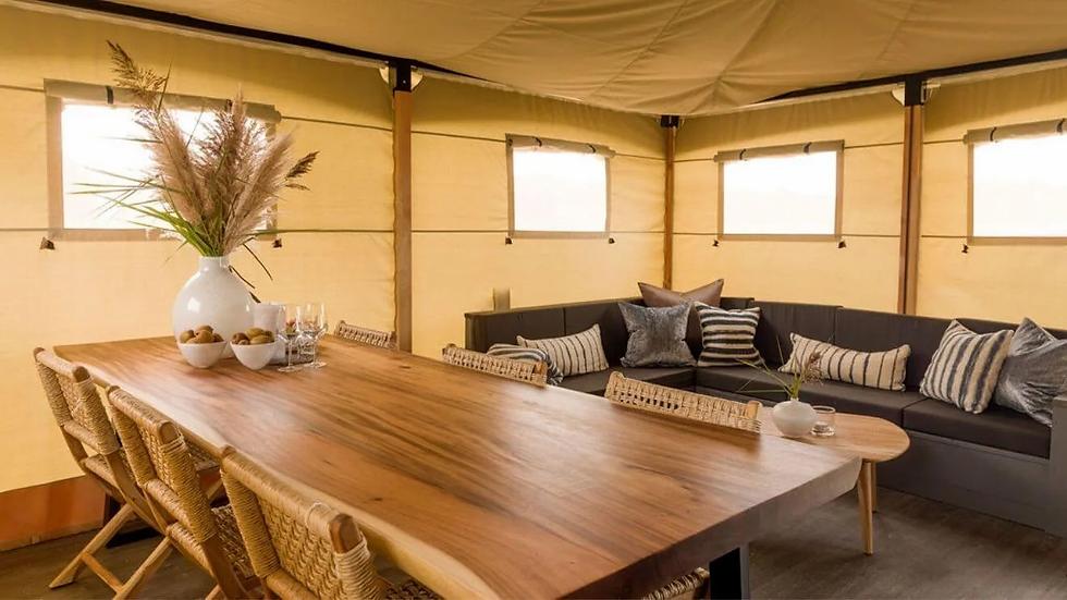 YALA_livingroom_interior_Lush.jpg.webp