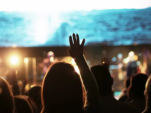 78 Percent of Practicing Christians Say They Usually Feel Inspired after Worshipping God: Survey