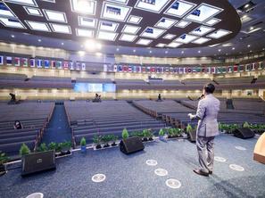 4단계 대면 예배 참석 기준, '공간별'로 확대