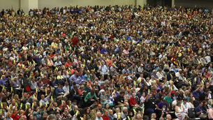Saddleback Church's Ordination of Women Pastors to Be Considered by SBC Committee