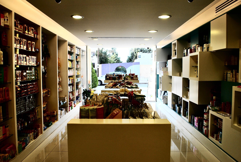 Parallel interior design amman jordan for Modern pharmacy design