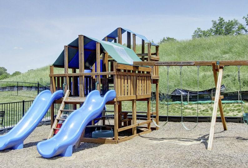 Deerfield - Kids' Playground