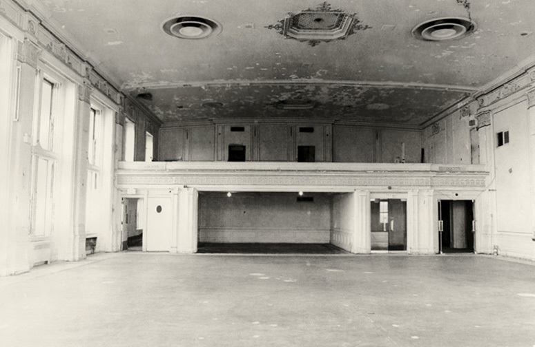 Crystal Ballroom II