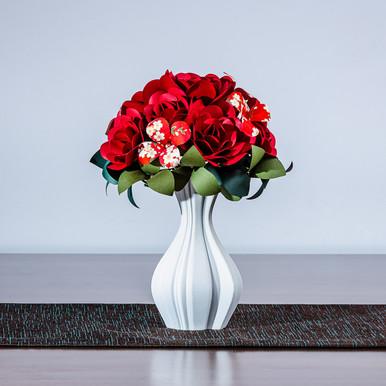 Trandafiri rosu în vaza P1 RoNativ