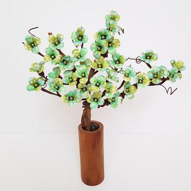 Bonsai Tree în vaza de lemn de cireș va fi disponibil curând la magazinul Mobexpert Băneasa