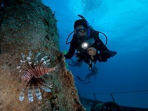 PADI-Deep-Diver-Specialty-Course-Miami.j