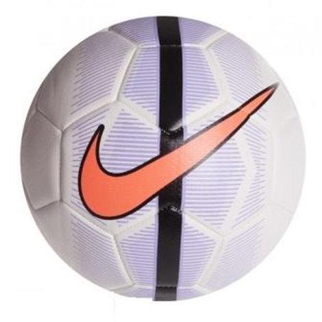 כדורגל נייק MERCURIAL