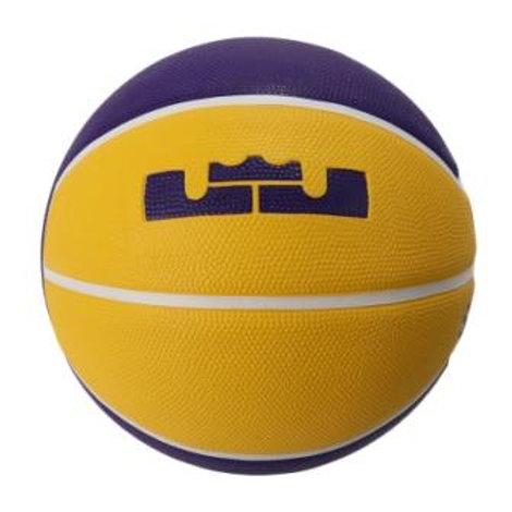 כדורסל נייקי - לברון ג'יימס