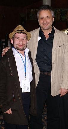 Режиссер Владимир Алеников, Рамиль Хайрулин, США, 2009 год