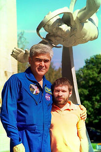 Российский космонавт Салижан Шарипов, Рамиль Хайрулин, 2012 год