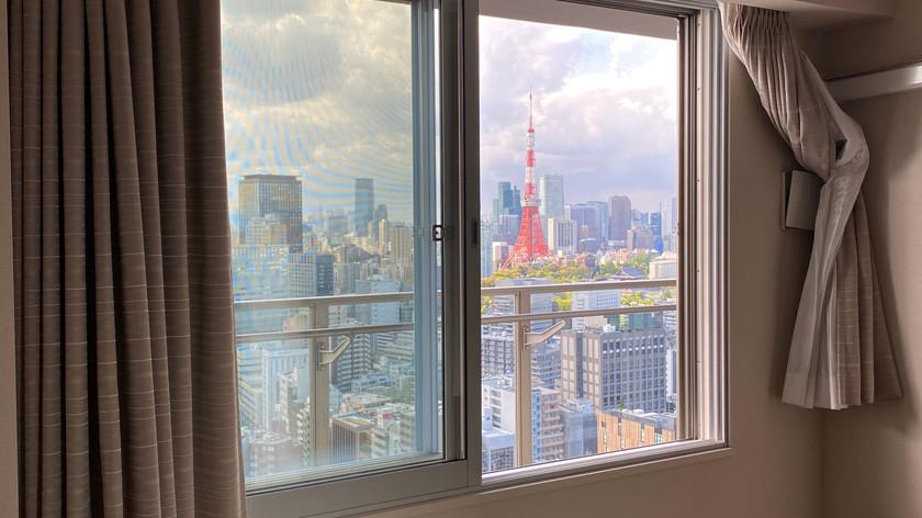6.0帖の洋室から東京タワーを望む