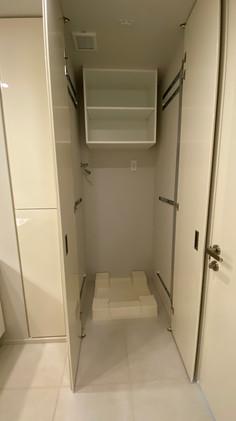 洗濯機置き場が出てきます。
