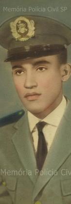 Investigador de Polícia Ives de Carvalho, na época que entrou na Força Pública, em 31 de julho 1.964. (enviado pela filha Valéria Rossini).