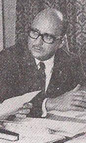 Delegado de Polícia Ary José Bauer, ao centro, Delegado Rui Dourado, à direita e o Delegado de MG Lúcio Gentil a esquerda, em solenidade de posse da primeira diretoria da ADEPOL em 1 de novembro de 1.970. (SSP, n. 4, p. 21).