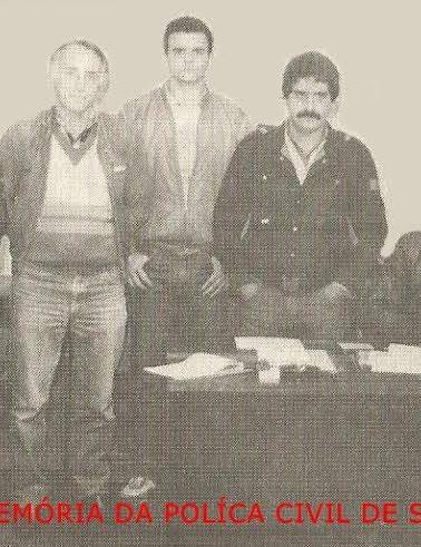 Equipe do 20º DP, Seccional Norte do antigo DEGRAN (hoje DECAP), EM 1.988: À partir da equerda, Investigadores de Polícia Nelson, Fachetti, Andrade, Miguel e Laporta (Chefe).