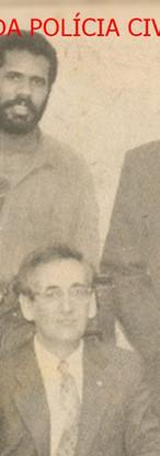 """Equipe da Chefia do 14º DP do DEGRAN e o Presidente da Associação dos Funcionários da Polícia Civil Dr. Guilherme, em 1.991. Sentado, o Delegado Miguel Mariano. À partir da esquerda, Investigadores Zorzi, Marco Magagna,Geraldo; Delegado Guilherme Augusto Pires Neto """"Guilhermão"""" e Investigador Figueiredo."""