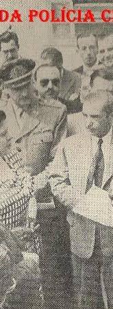 Inauguração do Recolhimento de Presos da rua do Hipódromo, 596- bairro do Brás, em 1.949. Delegado Chefe do Departamento de Investigações Paulo Alfredo Silveira da Mota e o Secretário de Segurança Pública Nelson Aquino. O Governador Adhemar de Barros com a esposa Leonor Mendes de Barros.