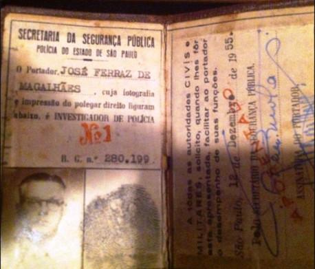 Funcional de Investigador de Policia nº 001 do Estado de São Paulo, de 12 de dezembro de 1955, expedida em nome do Sr. José Ferraz de Magalhães. (enviada pelo Investigador Alexandre Amoreli).