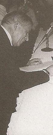 """Dr. Levino Manoel Ribeiro. Delegado de Polícia de Classe Especial, ingressou na carreira em 1962. Iniciou sua carreira no interior do Estado, tendo exercido suas funções nas delegacias de Flórida Paulista, Cajuru e Iacri. Em São Paulo, foi delegado da RUDI (Rondas Unificadas do Departamento de Investigações); Delegacia de Roubos; Delegacia de Furtos; Delegacia de Entorpecentes; Delegacia de Homicídios; Delegacia de Estelionatos; DIG; assistente da Corregedoria da Polícia; delegado titular do 15º DP; Assistente e depois Seccional Leste; Titular de São Caetano do Sul; Seccional no ABCD; Assistente no DHPP; Assistente no DECAP; Assistente na Delegacia Geral (gestão Jorge Miguel); Chefe da Assistência Policial Civil do GS; diretor do DECON e divisionário da assistência policial do DECAP. É professor da Academia de Polícia """"Dr. Coriolano Nogueira Cobra"""", com ênfase na área de Chefia e Liderança. Colaboração: Marcelo Lessa."""