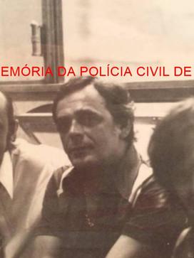 """Reporteres Policiais Wilson Kiss e Ary Moraes Possato """"Napoleão""""; ao centro o fotógrafo Cícero Bucci, na década de 70,"""
