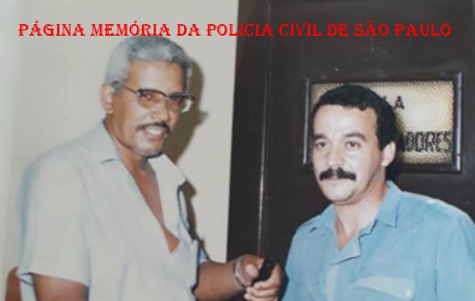 Antiga Divisão de Crimes Contra a Pessoa do DEIC, atual DHPP.  À direita, o saudoso Investigador Ewerson Martins. Acervo de Inês Martins.