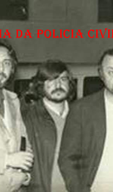 Equipe do DOPS, na década de 70. Investigadores José Augusto Belini (depois passou para Delegado Federal), José Roberto Arruda (Delegado), Antônio Celso Cipriani (foi proprietário da Transbrasil); saudoso Delegado Sérgio Fernando Paranhos Fleury e Coronel Ney (DOI CODI).