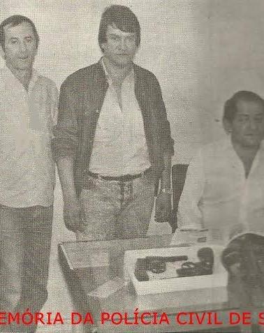 """Investigadores de Polícia Carmelo Russo Neto, Euclides Bergamasco Espinosa e Jesus Oliveira Andrade (Chefe) """"In memoriam""""."""