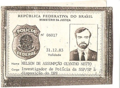 Carteira Funcional de Investigador de Polícia à disposição do Departamento de Polícia Federal, validade até 31/12/1983. (enviada pelo Investigador de Polícia do 78 DP - DECAP, Nelson de Assumpção Olyntho Netto).