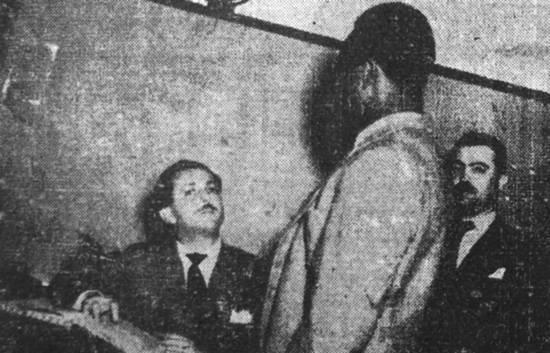 Dr. Renato Santana, Delegado de Plantão da Central de Polícia de Santos, na década de cinquenta.
