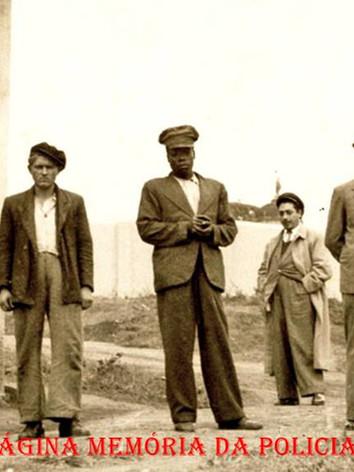 Em 1913, o Governo do Estado de São Paulo contratou o perito suíço Rudolph Archibald Reiss para ministrar um curso técnico de investigação, fotografia e exame em locais de crime para os seus delegados.