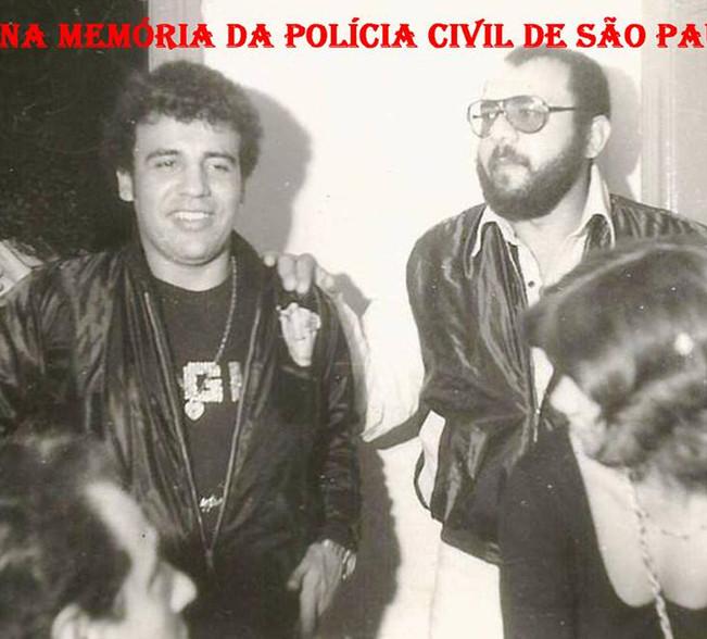 """Investigadores de Polícia Osvaldo Santos """"Osvaldinho"""" e o saudoso Dorival Candel, na """"avant premiere"""" do filme que atuaram, """"Os Sequestradores"""", em 1.979."""