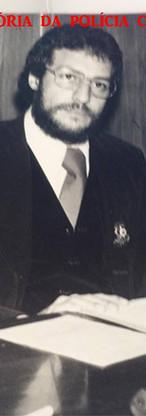Delegado Guaraci Moreira, no plantão do DEIC, final da década de 70.