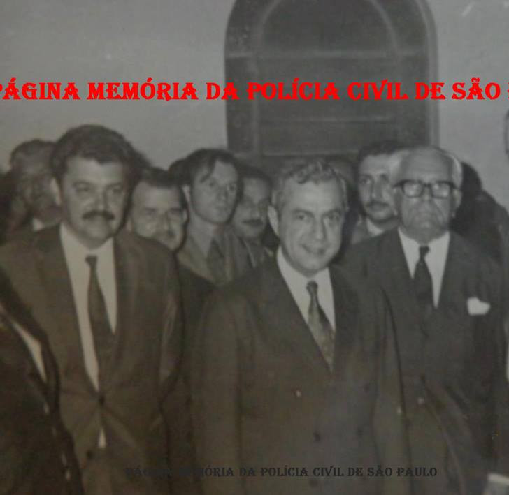 Reunião do Governador Laudo Natel (em primeiro Plano ao centro), com políticos e policiais da Região de Sorocaba, em 1.973. O segundo à partir da direita, o saudoso Delegado Regional de Sorocaba Guilherme Viesi.