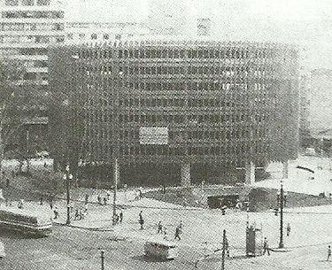 Garagem Central da Alfredo Issa (década de 60).