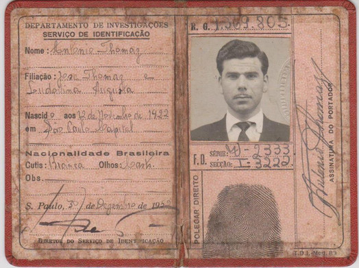 """Relíquia: Carteira do Serviço de Identificação- Departamento de Investigações (DI) do Investigador de Polícia Antônio Thomaz """" in memorian"""", expedida em 30 de dezembro de 1.952."""