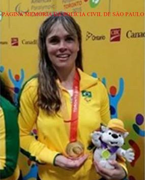 A Agente de Telecomunicações Simone Camargo Rocha, ganhou medalha de ouro integrando a Seleção Brasileira de Goalball, nos jogos Parapanamericanos de Toronto, realizados em agosto de 2.015.