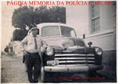 Viatura com o integrante Barbosa de Jundiaí, da extinta Guarda Civil.