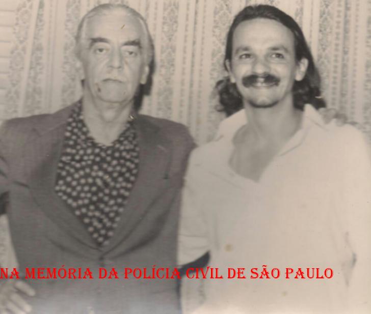 Prefeito da Cidade de São Paulo, Jânio da Silva Quadros e o Delegado Dirceu Gravina (na época Investigador), em 1.982.