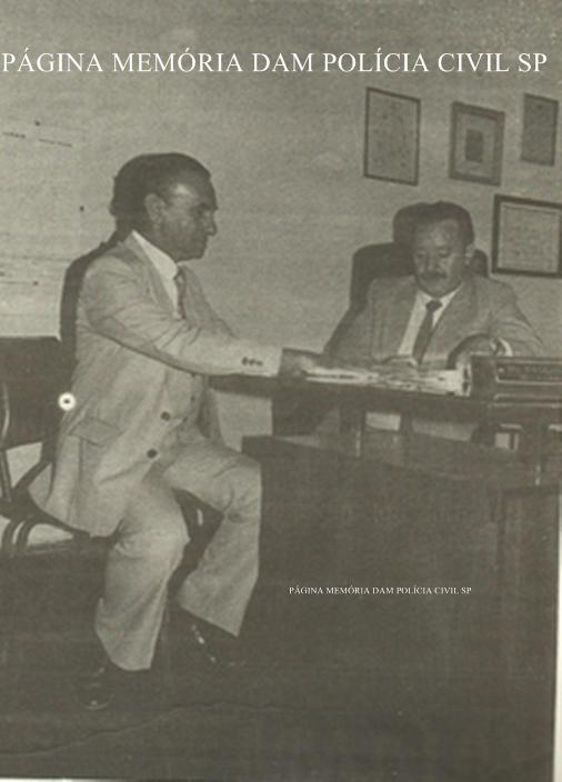 Chefe dos Pesquisadores Dactiloscópico José Bombonatti e o Delegador Titular do IIRGD Paschoal Manteca, na década de 80.