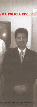 """Ex- Delegado Geral de Polícia Maurício Lemos Freire (centro); ao lado esquerdo Investigador de Polícia Mário Goncalves Jr. """"Marião"""" e à direita, Investigador Sebastião Marques Pereira """"Tião""""."""