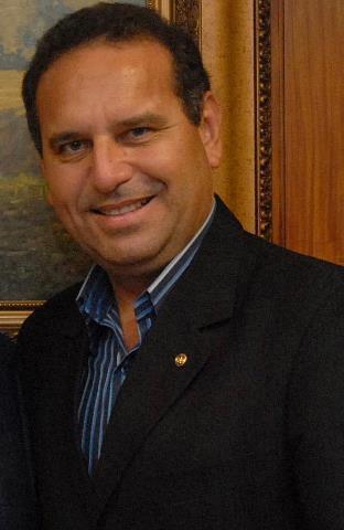 Delegado de Polícia Wilson Damasceno, trabalha no município de Marília, e Vereador reeleito 2013/2016, o mais votado do pleito.