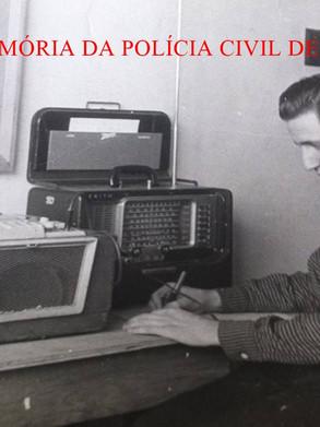 O Reporter Policial João Bussab, ao iniciar a carreira no Jornalismo, nas Emissoras: Rádio e TV Tupi canal 3; Diarios Associados- Diario da Noite, em 13 de Janeiro de 1.957, operando um radio Zenith Transoceanic, de 8 faixas de ondas, acompanhando e gravando os resultados de jogos dos campeonatos de futebol na Europa.