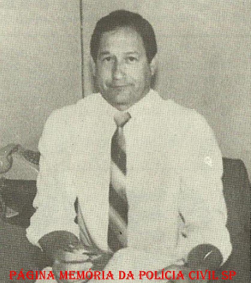 Delegado de Polícia Waldomiro Bueno, da antiga Divisão de Homicídios do DEIC, na década de 80.